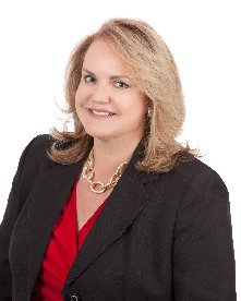 INVITADA:  Myrna Sonora Vice-president South Florida Hispanic Business Initiative Fund