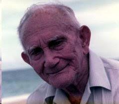 28 de mayo de 1893 - 28 de mayo de 2015.Falleció en Miami a la edad de 93 años. el 25 de agosto de 1986